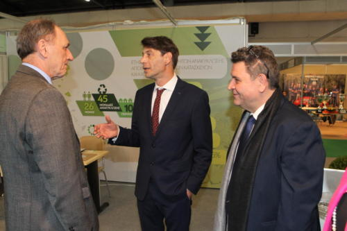 Περίπτερο ANAKEM  με τον Υπουργό Γ. Σταθάκη